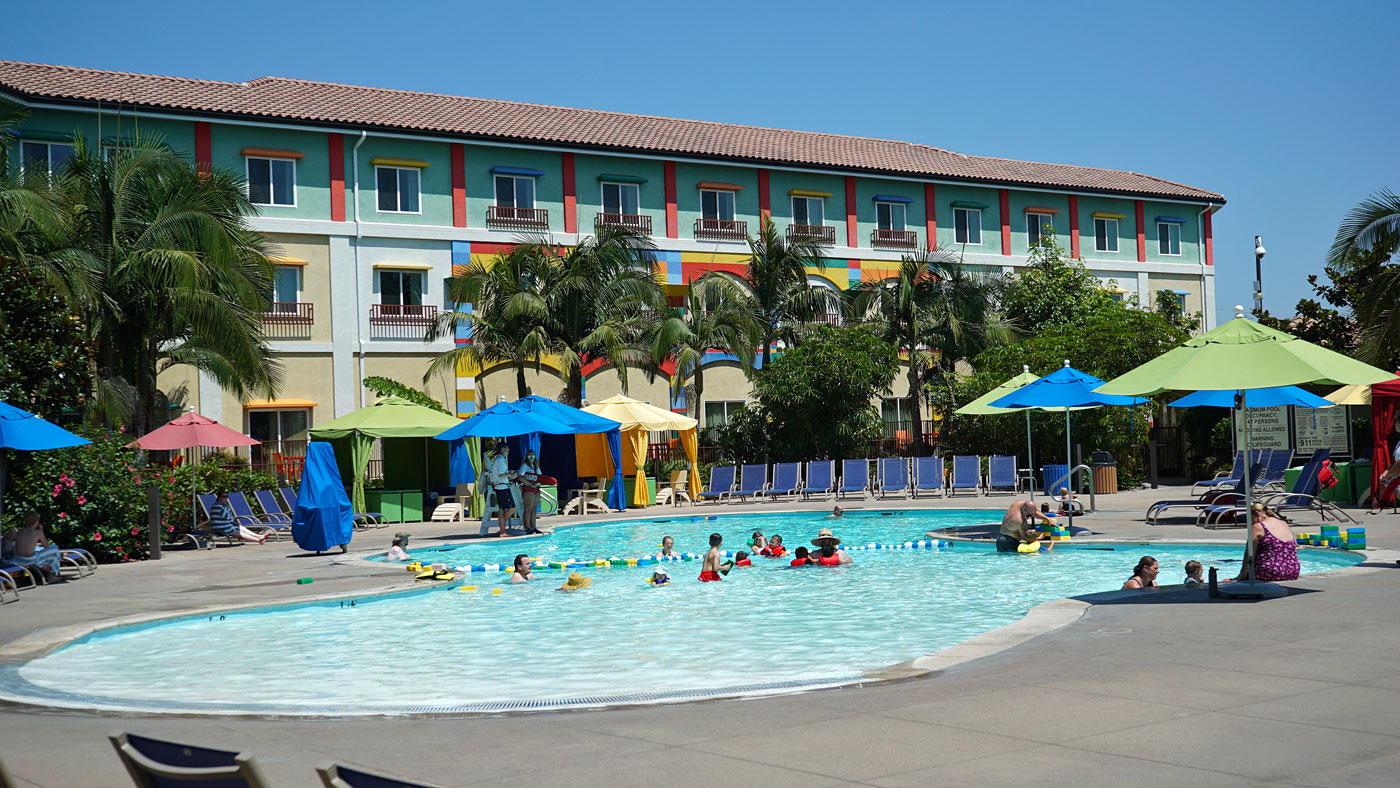 Legoland resort hotel for Hotels near legoland with swimming pool